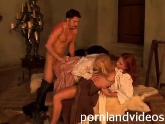 2 young sluts give anal pleasure to their king